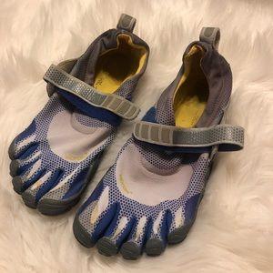 Vibram Fivefingers Barefoot minimalist shoes